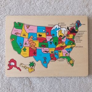 Map of The USA 12 Piece Wooden Kids Puzzle